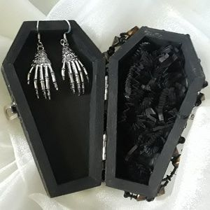 BeaslePunk Art Original Accents - Axe-ident - Coffin style wooden box and earrings